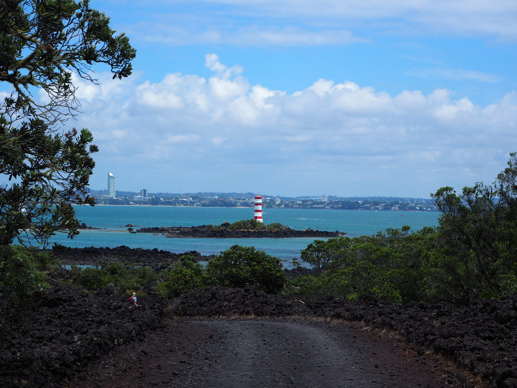 Descending Rangitoto