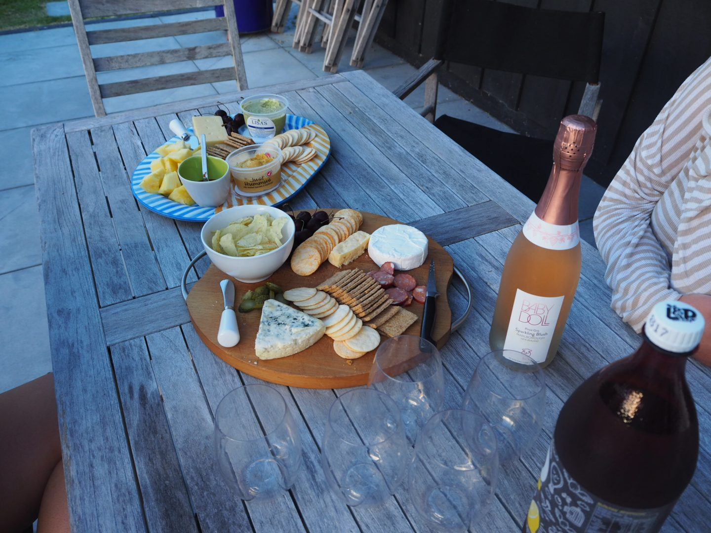Bubbles and platters, Warkworth