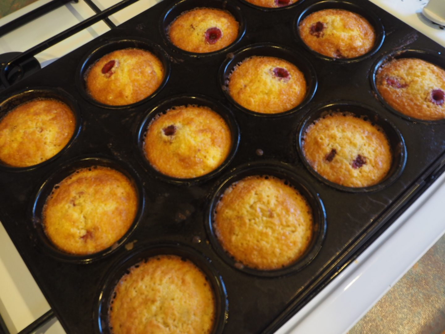 Raspberry and Vanilla Friands Recipe